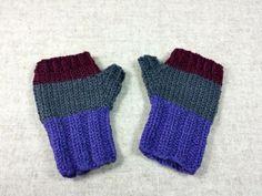 Bio fingerlose Handschuhe Baby, blauviolett grau bordeaux, handgestrickt, Kleinkind 7 bis 18 Monate, Wolle kbT von frostpfoetchen auf Etsy