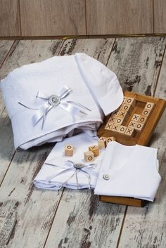 Premium quality oilcloths for the most precious moments ! Precious Moments, Christening, Baby 2014, Gift Wrapping, In This Moment, Elegant, Unique, Oil, Collection