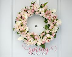 Spring Rosebud Wreath by Ash and Crafts Tutorial-simplistic explanation with little detail. Pretty but might be frustrating...