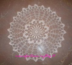 bomboniere uncinetto schemi Crochet Doilies, Wedding Favors, Dream Catcher, Decorative Plates, Color, Home Decor, Home, Trapper Keeper, Christening