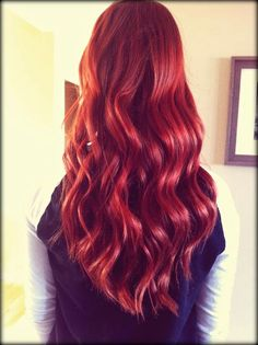 Curly Red Hair - Hairstyles and Beauty Tips