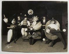 bauhaus-costumes-1.jpg