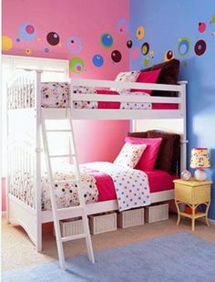 Polkadot and pink. Bunkbeds. Great idea for sisters under 15 :)