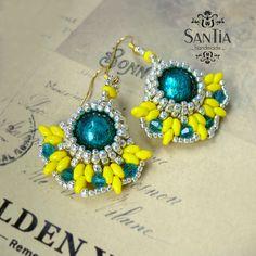 Žlto-tyrkysovo-zlaté elegantné náušnice :http://santiahandmade.com/produkt/zlto-tyrkysovo-zlate-elegantne-nausnice/