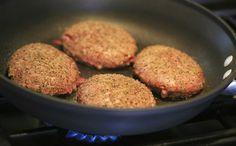 Nutricionista Gabriela Kapim ensina receita saudável de hambúrguer, que pode ser servido também no almoço ou no jantar