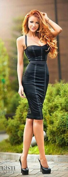 Beautiful women in beautiful dresses!