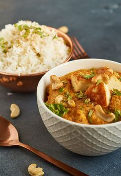 Paneer Korma indisches Curry mit Paneer und Cashews Indian Curry with Paneer and Cashews Rezept auf Cashew Recipes, Indian Food Recipes, Asian Recipes, Vegetarian Recipes, Healthy Recipes, Ethnic Recipes, Korma, Coconut Lentil Curry, Homemade Curry