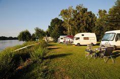 Camping Land in der Abendsonne