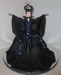Maleficent Doll Cake LOVED working on this one! Unique Cakes, Creative Cakes, Maleficent Cake, Cupcakes, Cupcake Cakes, Dolly Varden Cake, Witch Cake, Quince Cakes, Owl Cakes