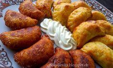 Slovak Recipes, Czech Recipes, Ravioli, Pretzel Bites, A Table, Pancakes, French Toast, Food And Drink, Gluten