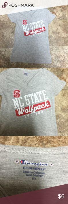 Champion NC State Wolfpack Short Sleeve Shirt Sz 8 Champion NC State Wolfpack Short Sleeve Shirt Sz 8/Medium. Worn once Champion Shirts & Tops Tees - Short Sleeve