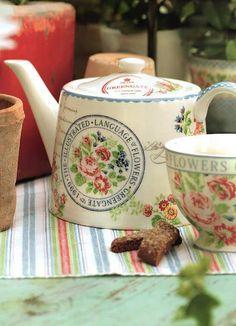 Language of Flowers Teapot and Teacup Green Gate Café Vintage, Vintage Teapots, Emma Bridgewater Pottery, Cuppa Tea, Teapots And Cups, Tea Art, Tea Service, My Cup Of Tea, Chocolate Pots