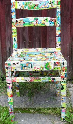 Polykromos: Upcylcled Comic Book Chair, Decoupage Project