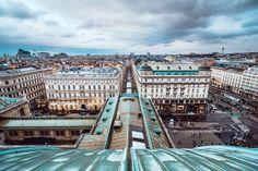 Osterjause für daheim: edles Körbchen aus dem Hotel Bristol Design Hotel, Das Hotel, Bristol, Vienna Austria, Paris Skyline, Travel, Beautiful Hotels, Old Town, Viajes