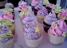 bow, butterflys, candy, cookies, cupcakes, glitter