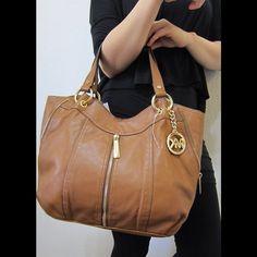 MK Moxley medium shoulder bag Authentic Michael Kors medium sized shoulder tote color:walnut Michael Kors Bags Shoulder Bags