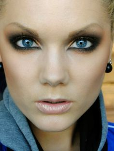 Linda Hallberg, makeup artist perfection. Gorgeous<3