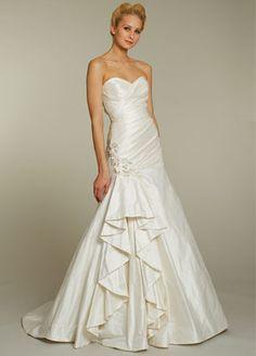 Jim Hjelm Alvina Valenta Bridal Gown Style AV9155