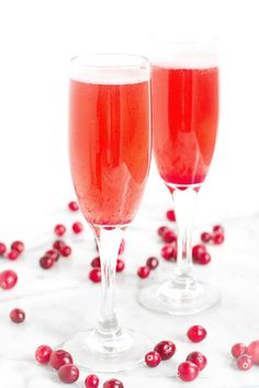 Raise a glass to the holidays with this refreshing and delicious Cranberry Prosecco Cocktail! Nothing but natural sweeteners in the syrup.