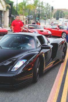 #Ferrari #ENZO #SuperCar