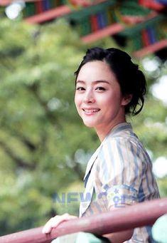 Woo Hee-jin (우희진) - Picture @ HanCinema :: The Korean Movie and Drama Database Woo Hee Jin, Jin Photo, Photo Galleries, Drama, Korean, Actresses, Gallery, Model, Female Actresses