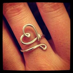 Handmade wire heart ring! <3: harder than I though but still wonderfully simple.