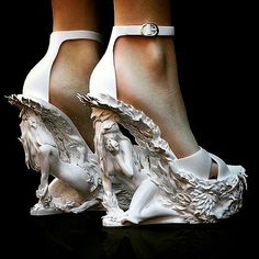 Vintage Shoes Cristina Franceschini experiments with amazing designs printed in nylon (image: Cristina Franceschini design) High Heels Boots, Shoe Boots, Shoes Heels, Pump Shoes, Louboutin Shoes, Converse Shoes, Pumps, Funky Shoes, Crazy Shoes