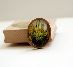 Perfect #brooch to wear with a simple outfit or shirt. #jewelry #accessory #nature
