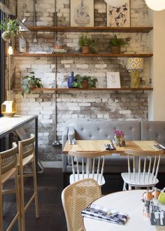 Rustic cafe decor ideas coffee shop home decorating on cm living house french design kitchen interior Small Restaurant Design, Small Cafe Design, Modern Restaurant, Restaurant Interior Design, Kitchen Interior, Restaurant Shelving, Bistro Interior, White Restaurant, Restaurant Ideas