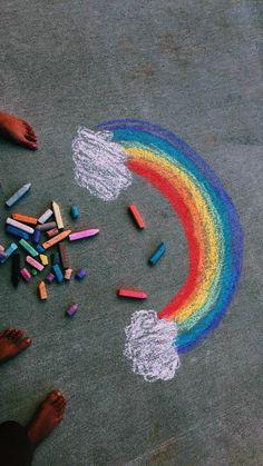 My wallpaper - rainbows - Art Rainbow Aesthetic, Summer Aesthetic, Chalk Drawings, Art Drawings, Fred Instagram, Chalk Design, Sidewalk Chalk Art, Chalk It Up, Happy Vibes