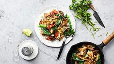 Pad see ew (stir-fried rice noodles with roast duck and white pepper) | Noodle recipe | SBS Food