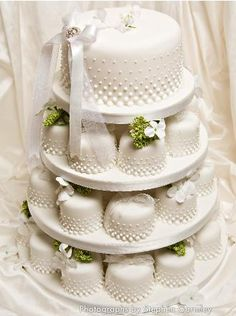 wedding mini cake tiers for the dessert table; not the MAIN wedding cake I like that DOT PATTERN. Shared by Edith Cruz Fancy Cakes, Mini Cakes, Cupcake Cakes, Mini Wedding Cakes, Wedding Cakes With Cupcakes, Beautiful Cakes, Amazing Cakes, Couture Cakes, Small Cake