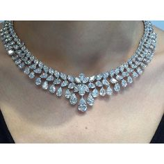 Check these elegantly and unique Marina B diamond necklace set with over - Women Bracelets Necklaces Diamond Necklace Set, Diamond Jewelry, Diamond Choker, Diamond Bracelets, Saphir Rose, Necklace Designs, Beautiful Necklaces, Wedding Jewelry, Fine Jewelry