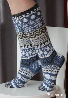 Easy Knitting, Knitting Socks, Knitting Patterns, Crochet Socks, Knit Crochet, Winter Socks, Stocking Tights, Wool Socks, Knee High Socks