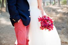 pink and red bridal bouquet  Photography by katewebber.com / www.soulflowersf.com