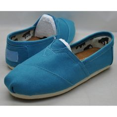 find toms shoes at here, all are brand new and nice! Ugg Classic Tall, Toms Classic, Cheap Converse Shoes, Vans Shoes, Toms Outfits, Blue Toms, Toms Shoes Outlet, Uggs Outlet, Womens Toms