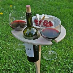 Wine Table, Wood Joinery, Diy Camping, Romantic Dinners, Diy Gifts, Red Wine, Diy Furniture, Diy And Crafts, Creations