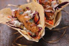Zdrowy kebab z kurczakiem Yum Yum Chicken, Poland, Tacos, Pizza, Ethnic Recipes, Food, Essen, Meals, Yemek