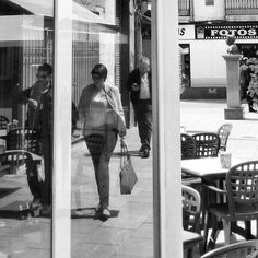 Monochrome Monochrome_life Citylife Streetphotography Black And White Photography Blackandwhite Photography Blackandwhite Blackandwhitephotography Monochromatic Black & White Streetphotography_bw Bnw_worldwide Spain♥Black&white Cartagena SPAIN Hanging Out Street Photography Reflection_collection Reflections Reflect Eyem Best Shots Reflection Streetphoto_bw