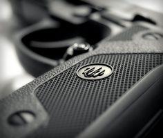 ...nice depth of field. Beretta 92FS - www.Rgrips.com