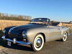 Karmann Ghia Convertible, Volkswagen Karmann Ghia, Vw Cars, Gaia, Beetle, Cool Cars, Antique Cars, Classic Cars, Vehicles
