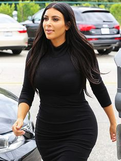 Star Tracks: Wednesday, June 10, 2015 | BABY STEPS | Following her husband's all-star birthday party, mom-to-be Kim Kardashian West enjoys a solo shopping trip in Beverly Hills on Tuesday.