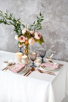 White tablecloth for Wedding table top made of Baltic linen - Restaurant table top - Dining tablecloth Natural white linen tablecloth. Great for wedding table or just for Your dining table. Cafe tablecloth. Restaurant table top. You can choose white, gray or ivory colour. Available custom #wedding #table #decor #white #tablecloth #pink #napkins #blush #table #scape #peony