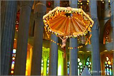 Gaudi's Sagrada Familia, Barcelona http://sunshineandsiestas.com/2013/03/11/the-sagrada-familia-gaudis-obra-maestra/