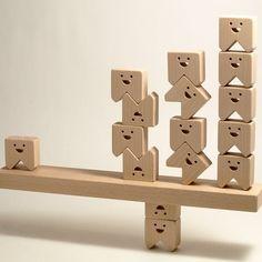 ティース・モア(TEETH・MORE) / 積み木 Making Wooden Toys, Handmade Wooden Toys, Wooden Dolls, Wooden Puzzles, Wooden Blocks, Play Wood, Cardboard Toys, Diy Cnc, Wood Carving Patterns