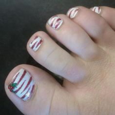 Christmas candy cane december toe nails
