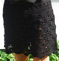 Ravelry: Skirt pattern by Julie Berg Crochet Hooks, Lace Shorts, Knitting, Skirts, Fabric, Pattern, Clothes, Inspiration, Ideas