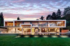 fachadas de mansiones de lujo modernas
