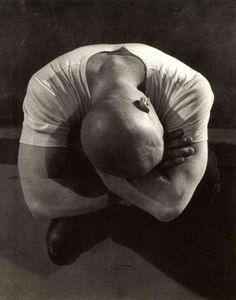 Love the pose. Originally the pin said this was Yul Brynner but the tumblr says Michael Stipe. Either way, this is beautiful.