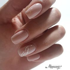 """If you're unfamiliar with nail trends and you hear the words """"coffin nails,"""" what comes to mind? It's not nails with coffins drawn on them. It's long nails with a square tip, and the look has. Elegant Nails, Stylish Nails, Trendy Nails, Classy Nail Art, Nude Nails, Pink Nails, Acrylic Nails, Neutral Nails, Coffin Nails"""